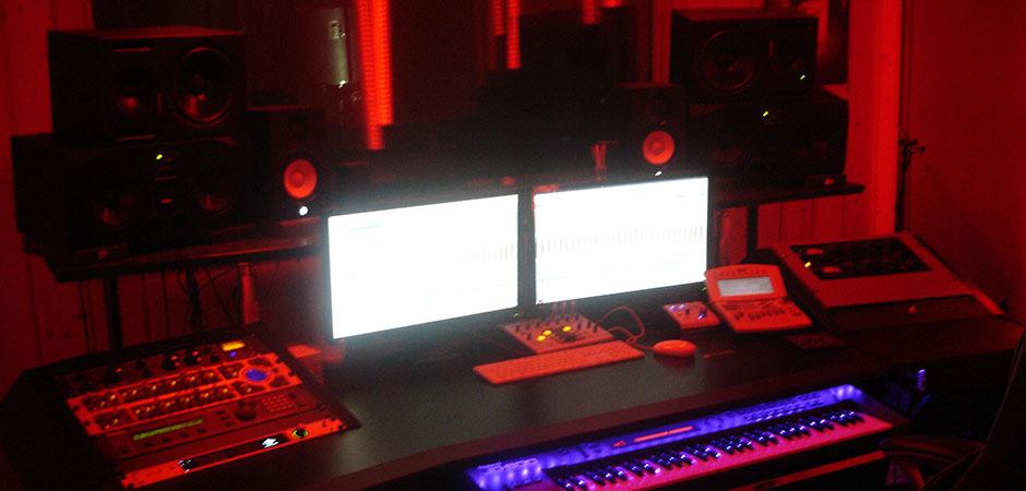 studio1-940x450
